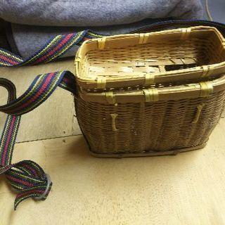 500円です😊渓流吊り魚籠、竹かご