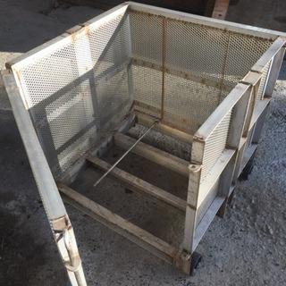 オール ステンレス製 ボックス 車輪付き