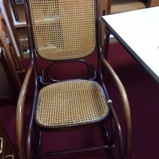 10万円位した高級な揺り椅子