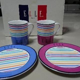 【取引中】ELLEコーヒーカップ 未使用品 二つセット