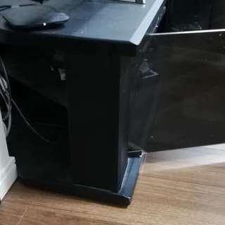 46型まで対応するテレビ台 差し上げます(横幅:105CM、高さ...