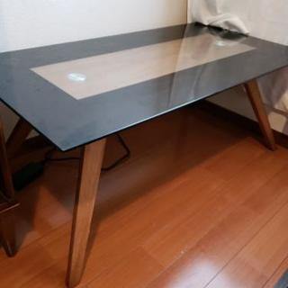 ガラス木目調テーブル