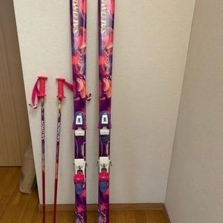 女性用スキー板&ストックの画像