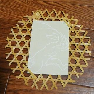 竹細工の壁掛け(ポストカードなどの飾り付けに!)