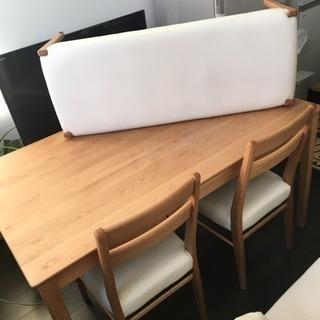 値下げしました!!天然木ウッドダイニングテーブルセット