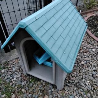 中型犬サイズの犬小屋