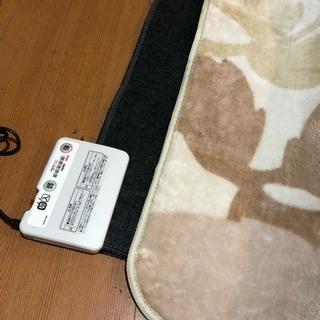 2016年 コイズミ 電気カーペット 1畳相当 美品