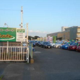 中古自動車の展示車クリーニング 内外装の清掃 国産スポーツタイプの車両多数あります。の画像