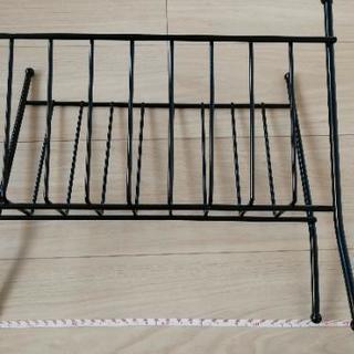 鉄製のマガジンラック - 家具