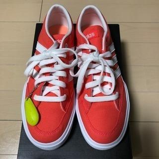 【新品未使用】adidas軽量スニーカー