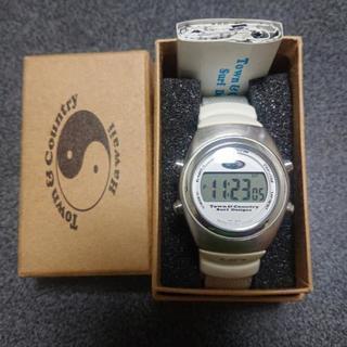 平成14年購入品タウン&カントリー    時計未使用品