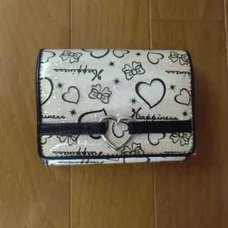Happiness 二つ折り財布