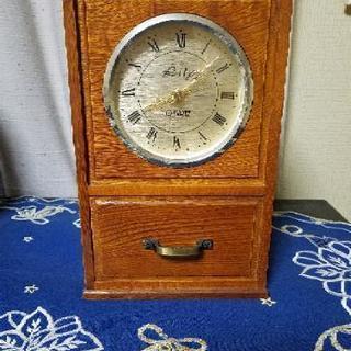 アンティーク‼️ 置時計(小物入れ付き)