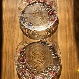 ①ガラス食器 5枚