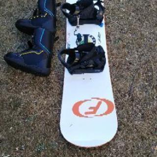 【再々値下げ】スノーボード145センチ、&ブーツ