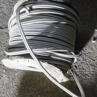 未使用 電線 コード