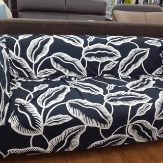 格安!! IKEA(イケア) ボタニカル 3人掛けソファー