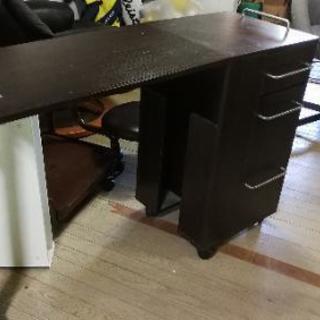 折り畳みネイルテーブル(値下げ)