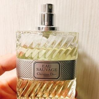 ブランド品💖Dior香水(1/31まで引き取り可能)