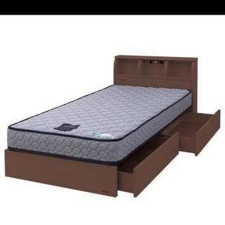 シングルベッド ※フランスベッドです