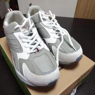 靴 スニーカー(男性用)未使用品