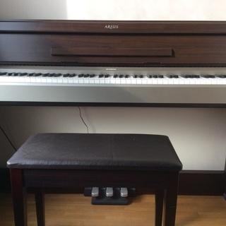 YAMAHAスタイリッシュ 電子ピアノ