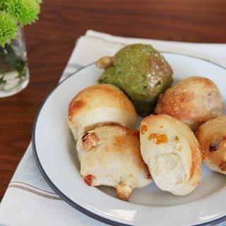 【おうちパン講座】新春だから2種類!抹茶甘納豆パンと米粉ハムチーズパン