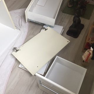 白いキッチンボード - 家具