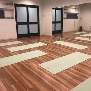 Lana Relax Yoga
