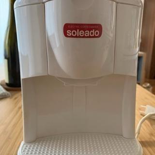 シンプルなコーヒーメーカー