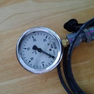 圧力計 240㎏・㎝²