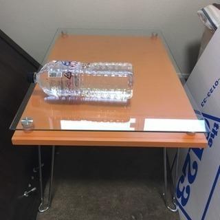 折りたたみガラステーブル(今週末まで!)