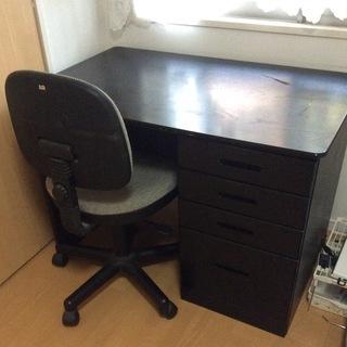 木製デスク 椅子付き
