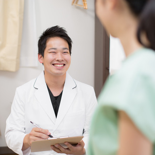 鍼灸を使った東洋医学の力で頑固な肩こり、腰痛にアプローチ 初回10...