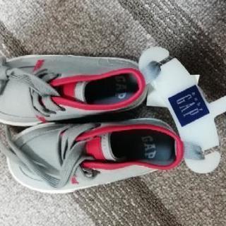 新品の靴。16センチ。2400円のものです。