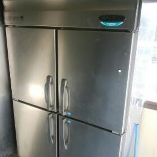 4枚扉冷凍庫冷蔵庫