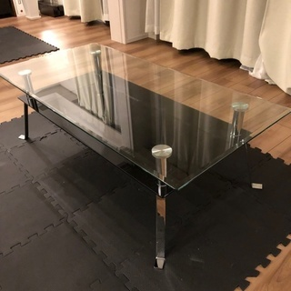 【LoFt】強化ガラスのローテーブル