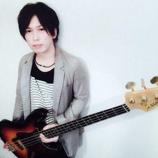 エレキベースを奈良で習う 音楽屋COZYのエレキベースレッスン