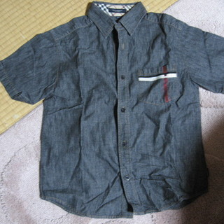 Burberry バーバリー 140 綿の半袖シャツ