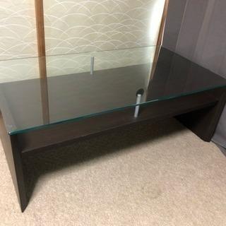 ガラスのテーブル ダークブラウン
