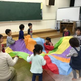 ぽこ☆あ☆ぽこ リトミック幼児教室