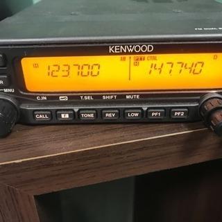 アマチュア無線機です。