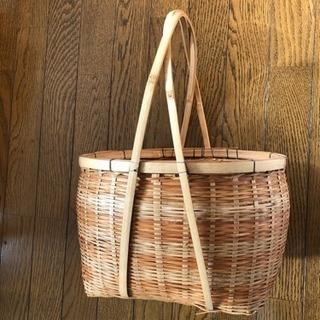 竹細工のカゴ