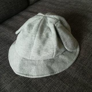【送料無料】COMME CA FOSSETTE耳付き赤ちゃん帽子 − 東京都