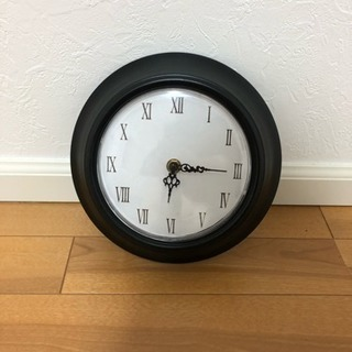 小さなオシャレな掛け時計