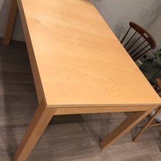 伸縮式ダイニングテーブル IKEA