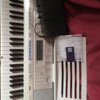 カシオ 光るキーボード LK205 説明書 楽譜付き