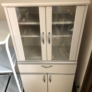 食器棚、レンジ台譲ります
