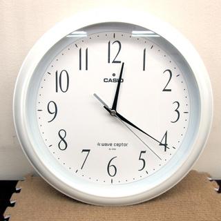 カシオ 掛け時計 電波時計 ホワイト シンプル 直径26cm IQ...