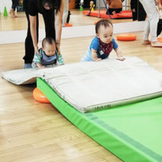 【練馬 親子体操】子どもの身体能力開発協会監修!親子体操